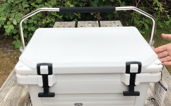 Top Carrying Handle On Patriot Cooler
