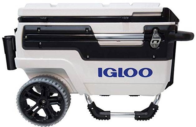 White Trailmate 70 Rolling Cooler